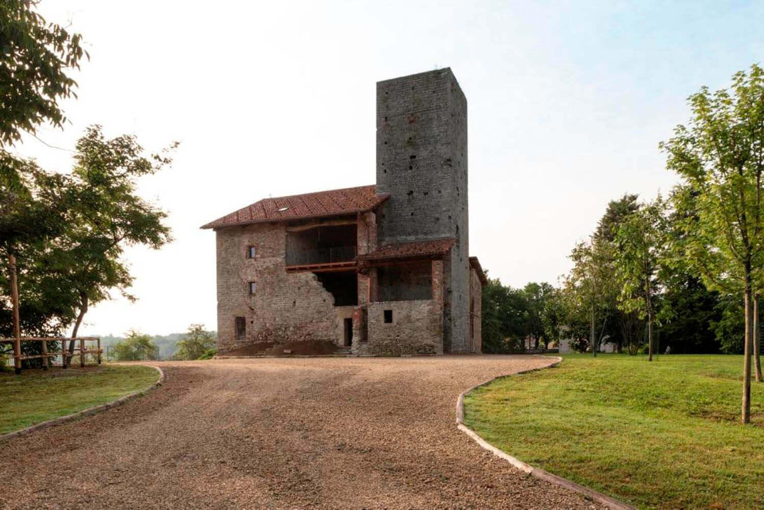 Castello di Niella Tanaro-1